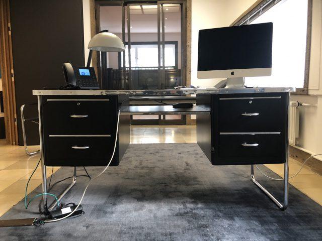 Bauhaus Schreibtisch